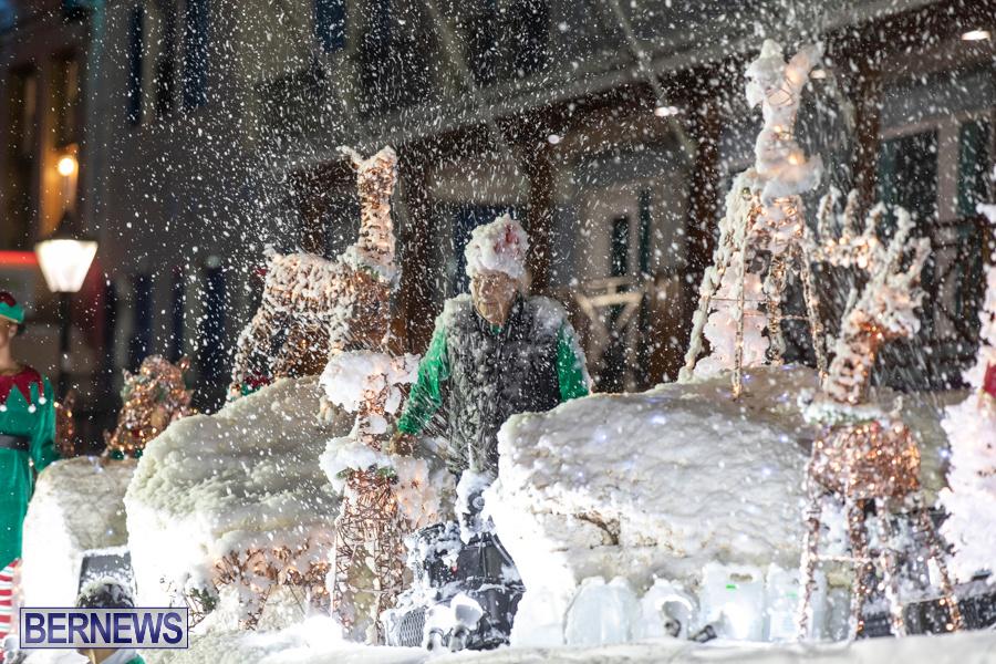 Marketplace-Christmas-Santa-Claus-Parade-Bermuda-December-1-2019-5547