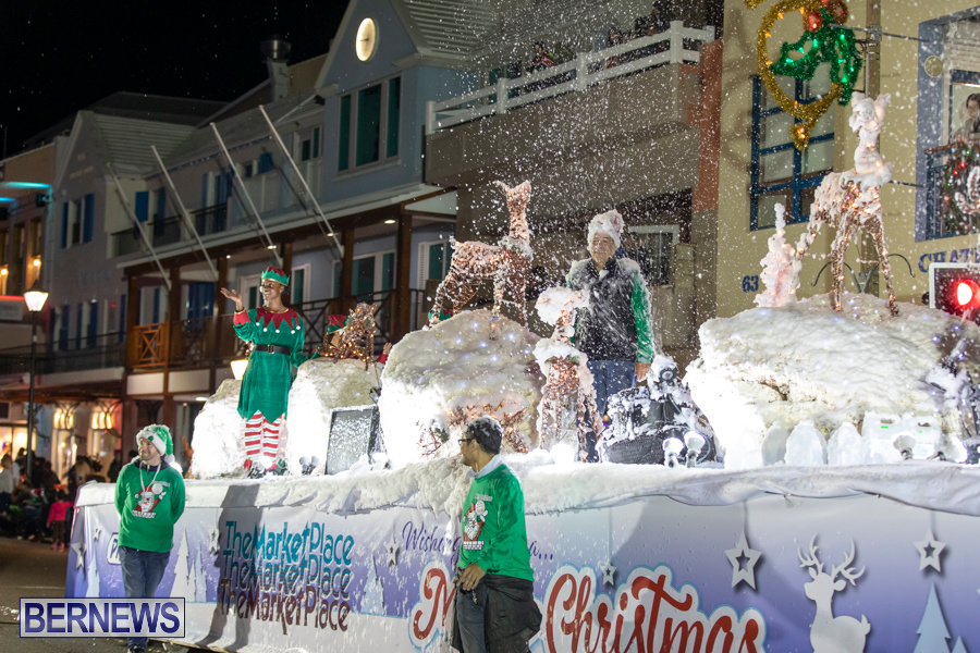 Marketplace-Christmas-Santa-Claus-Parade-Bermuda-December-1-2019-5550