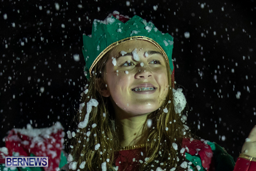 Marketplace-Christmas-Santa-Claus-Parade-Bermuda-December-1-2019-5557