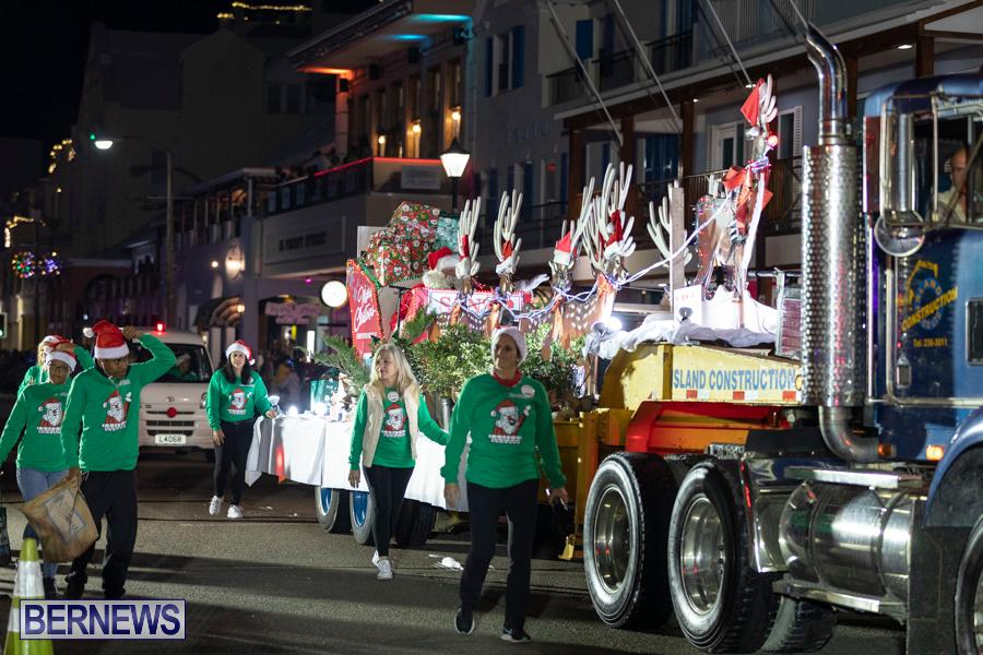 Marketplace-Christmas-Santa-Claus-Parade-Bermuda-December-1-2019-5576