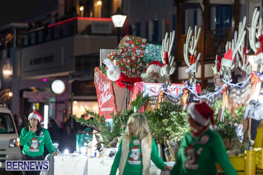 Marketplace-Christmas-Santa-Claus-Parade-Bermuda-December-1-2019-5579