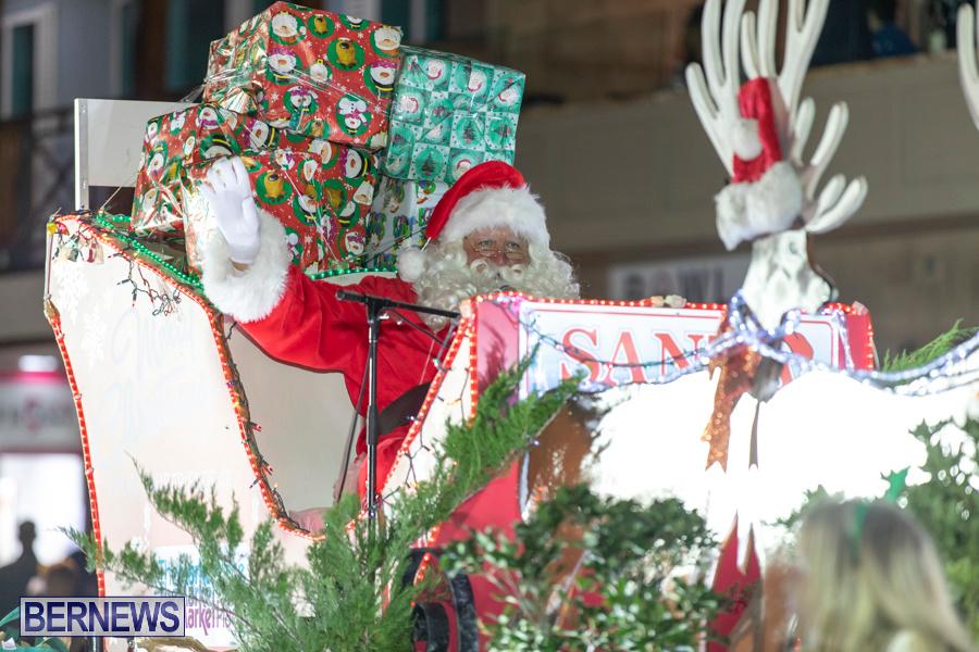 Marketplace-Christmas-Santa-Claus-Parade-Bermuda-December-1-2019-5593
