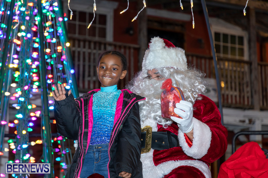 Santa-is-Coming-to-Town-St-Georges-Bermuda-December-14-2019-3937