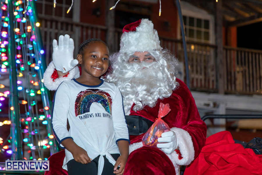 Santa-is-Coming-to-Town-St-Georges-Bermuda-December-14-2019-3947