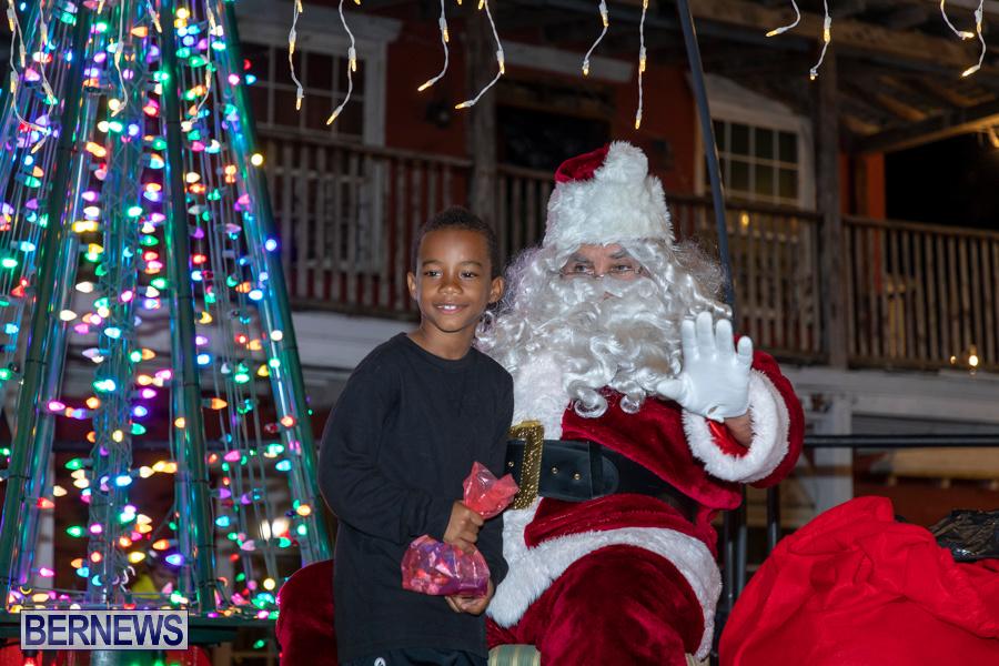 Santa-is-Coming-to-Town-St-Georges-Bermuda-December-14-2019-3950