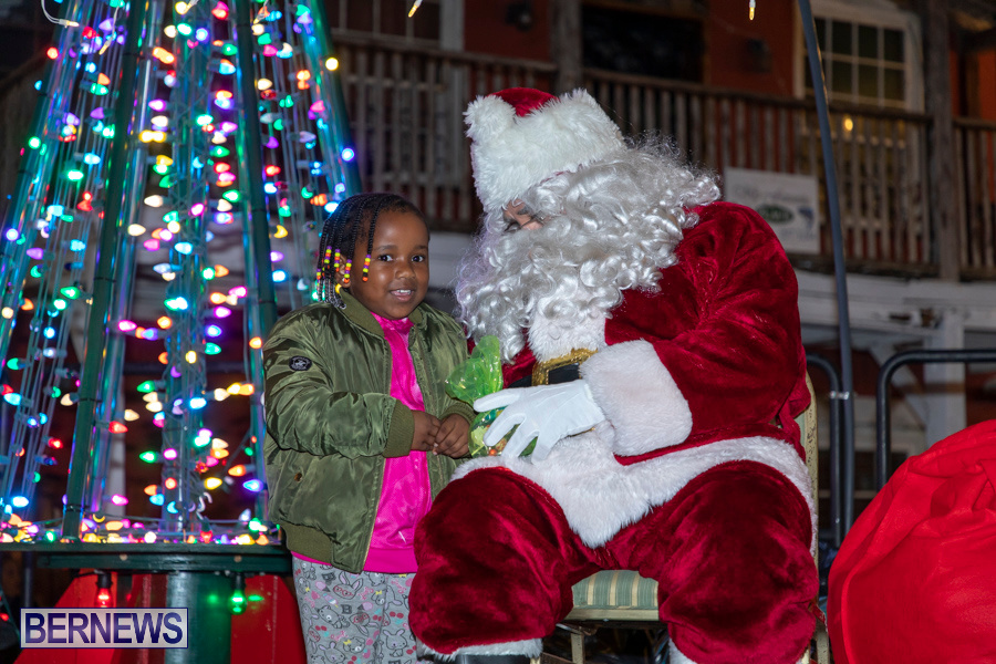 Santa-is-Coming-to-Town-St-Georges-Bermuda-December-14-2019-3955