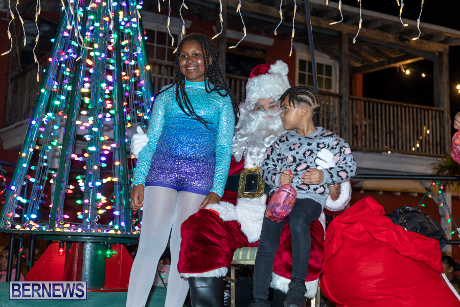 Santa-is-Coming-to-Town-St-Georges-Bermuda-December-14-2019-3967