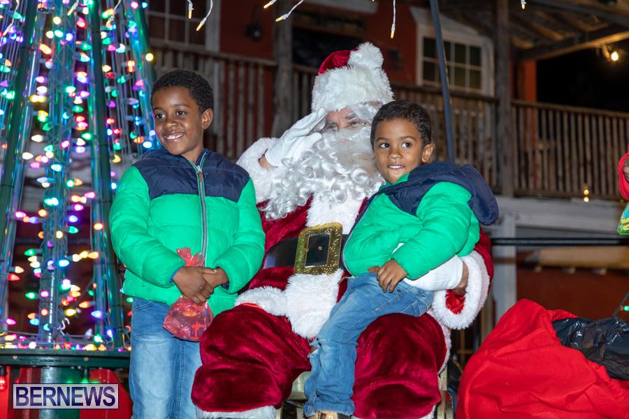 Santa-is-Coming-to-Town-St-Georges-Bermuda-December-14-2019-3972