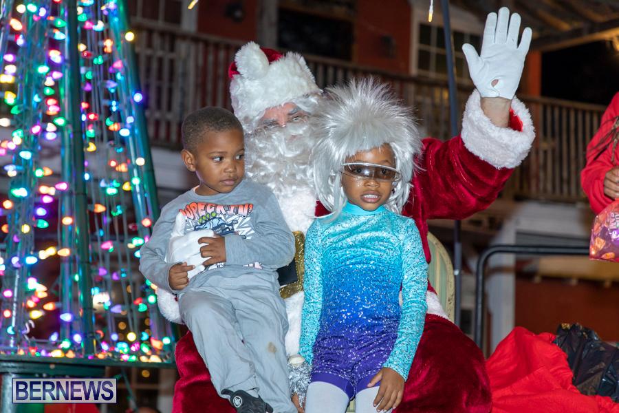 Santa-is-Coming-to-Town-St-Georges-Bermuda-December-14-2019-3975