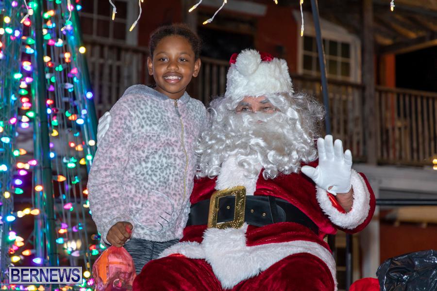 Santa-is-Coming-to-Town-St-Georges-Bermuda-December-14-2019-3980