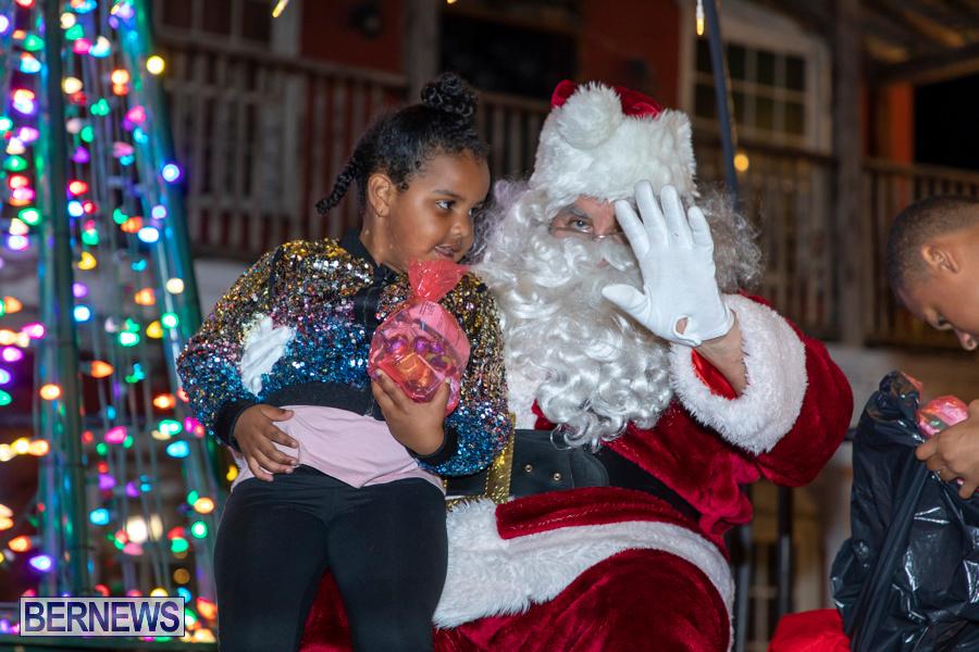 Santa-is-Coming-to-Town-St-Georges-Bermuda-December-14-2019-3981