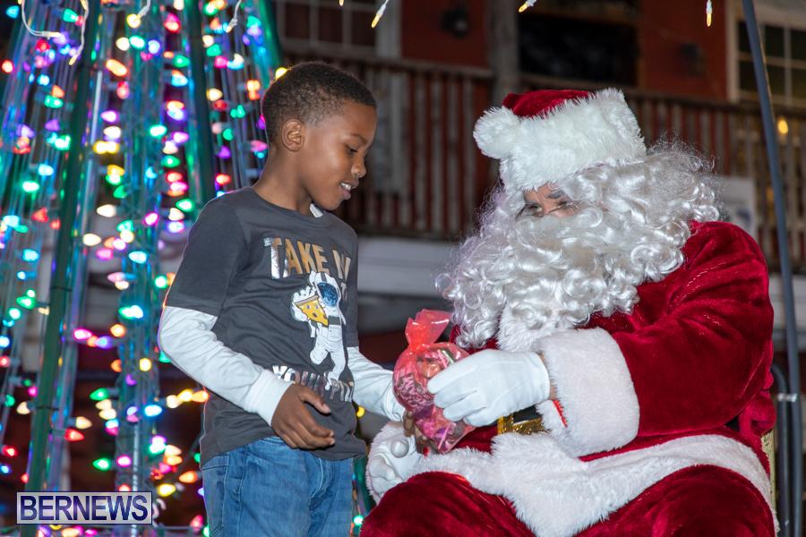 Santa-is-Coming-to-Town-St-Georges-Bermuda-December-14-2019-3988