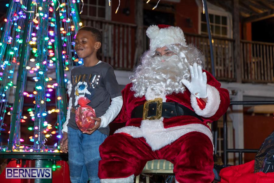 Santa-is-Coming-to-Town-St-Georges-Bermuda-December-14-2019-3989