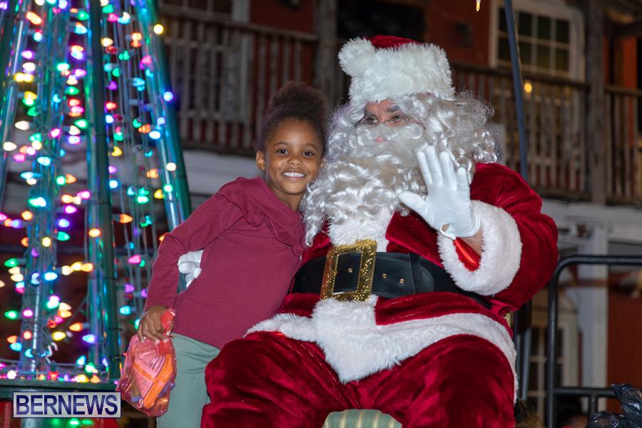 Santa-is-Coming-to-Town-St-Georges-Bermuda-December-14-2019-3994