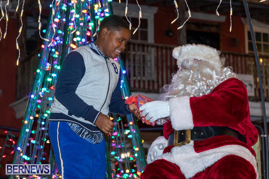 Santa-is-Coming-to-Town-St-Georges-Bermuda-December-14-2019-4008