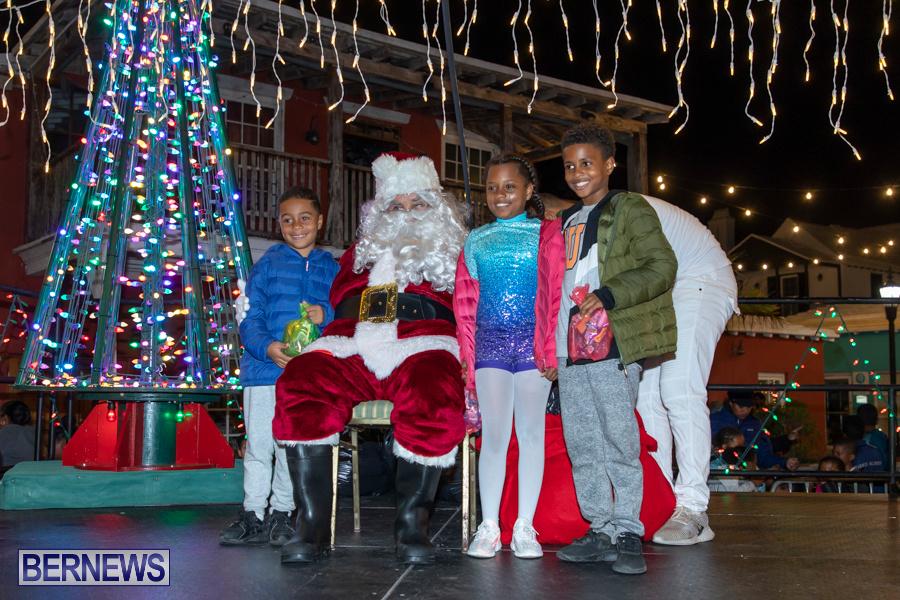 Santa-is-Coming-to-Town-St-Georges-Bermuda-December-14-2019-4025