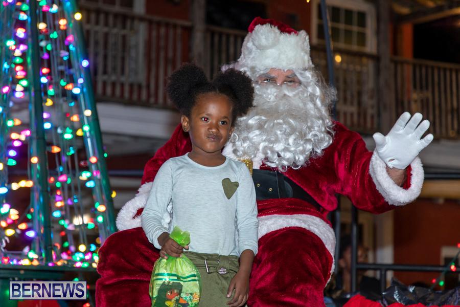 Santa-is-Coming-to-Town-St-Georges-Bermuda-December-14-2019-4036