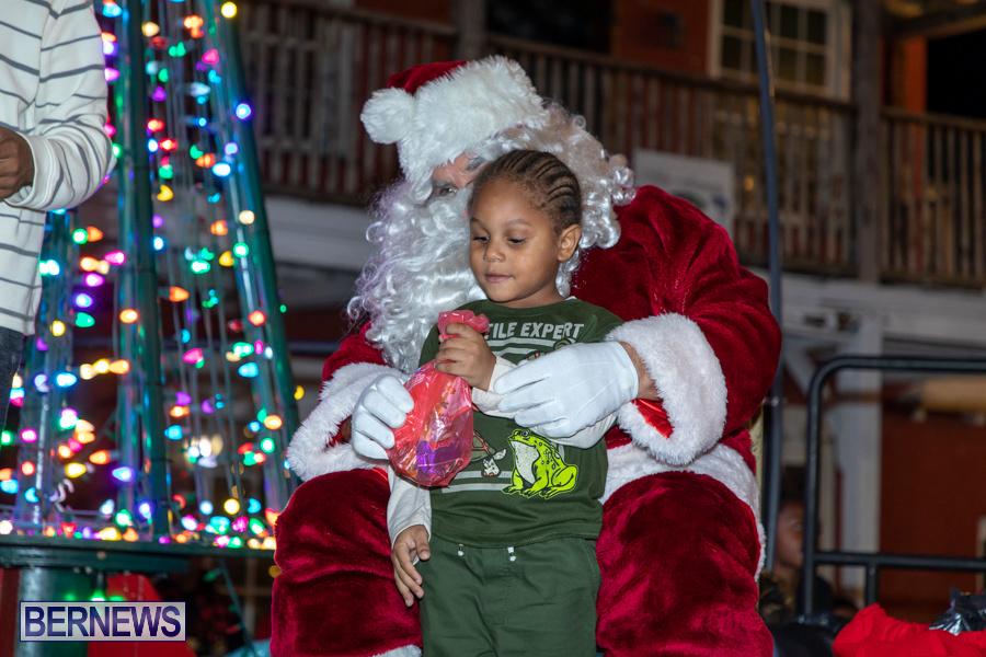 Santa-is-Coming-to-Town-St-Georges-Bermuda-December-14-2019-4039