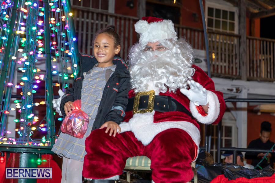 Santa-is-Coming-to-Town-St-Georges-Bermuda-December-14-2019-4055