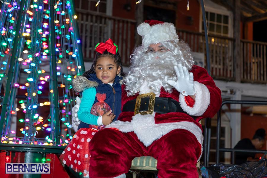 Santa-is-Coming-to-Town-St-Georges-Bermuda-December-14-2019-4058