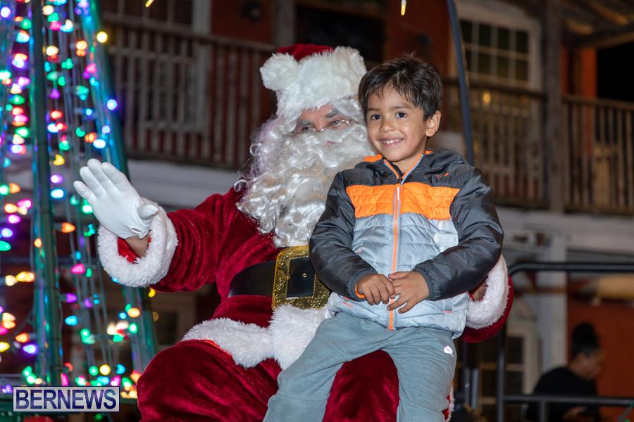 Santa-is-Coming-to-Town-St-Georges-Bermuda-December-14-2019-4062
