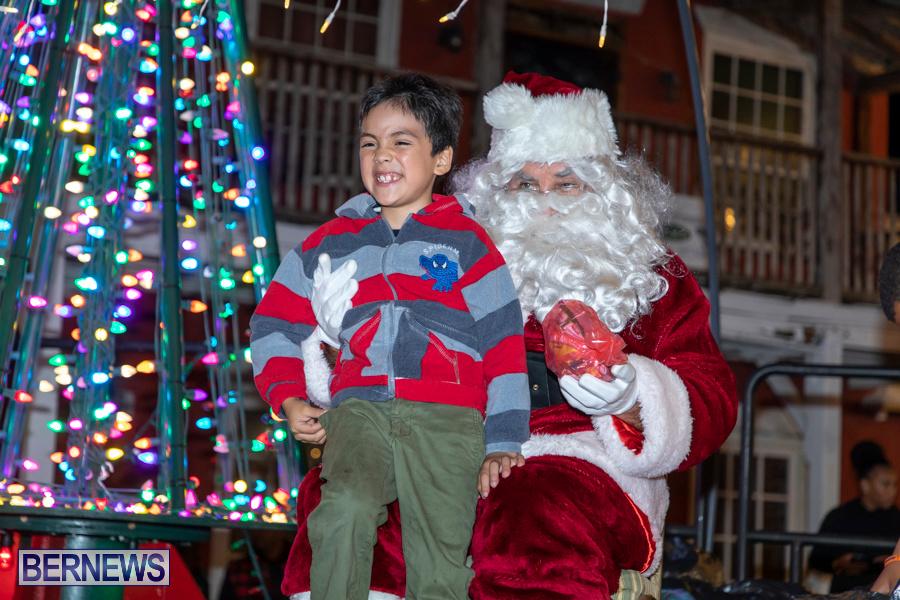 Santa-is-Coming-to-Town-St-Georges-Bermuda-December-14-2019-4063