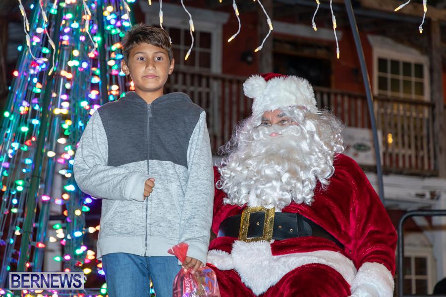 Santa-is-Coming-to-Town-St-Georges-Bermuda-December-14-2019-4067