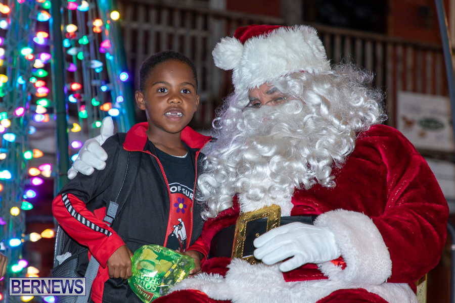 Santa-is-Coming-to-Town-St-Georges-Bermuda-December-14-2019-4074