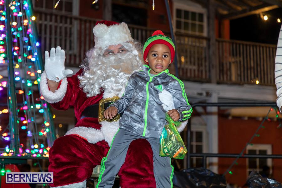 Santa-is-Coming-to-Town-St-Georges-Bermuda-December-14-2019-4098
