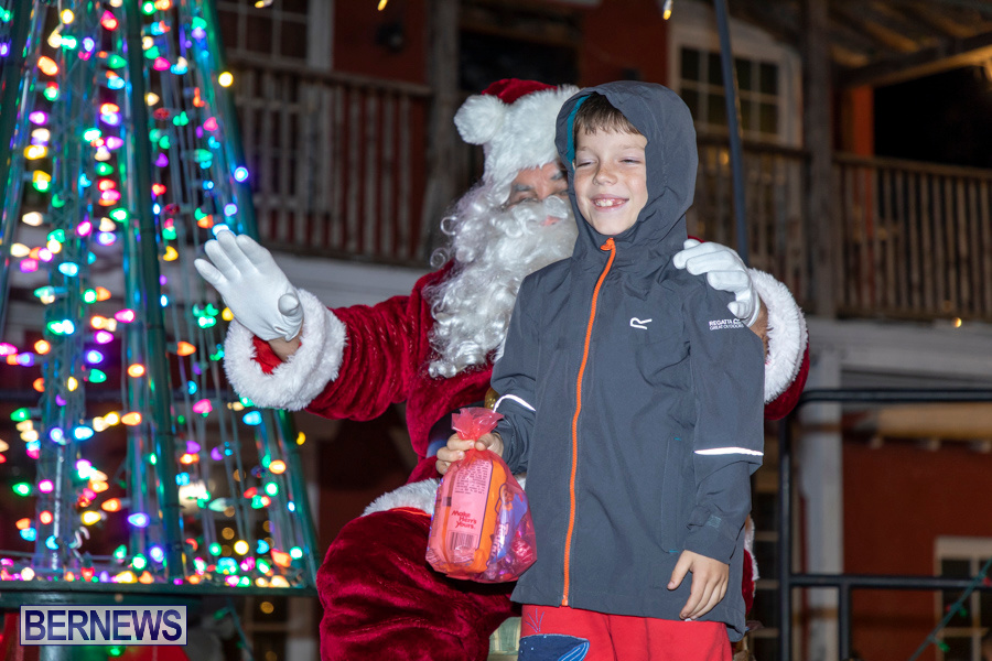 Santa-is-Coming-to-Town-St-Georges-Bermuda-December-14-2019-4129