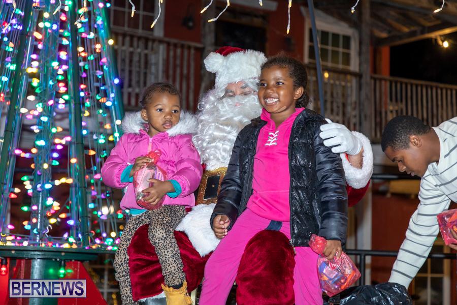 Santa-is-Coming-to-Town-St-Georges-Bermuda-December-14-2019-4132