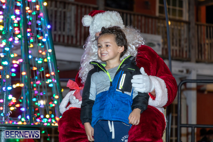 Santa-is-Coming-to-Town-St-Georges-Bermuda-December-14-2019-4140
