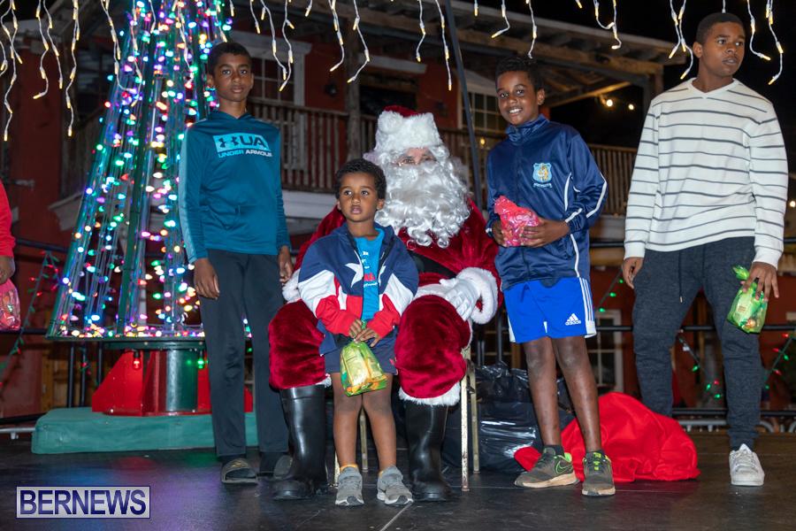 Santa-is-Coming-to-Town-St-Georges-Bermuda-December-14-2019-4144