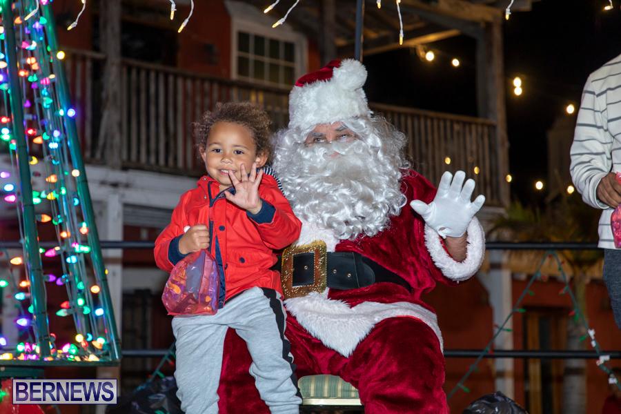 Santa-is-Coming-to-Town-St-Georges-Bermuda-December-14-2019-4159