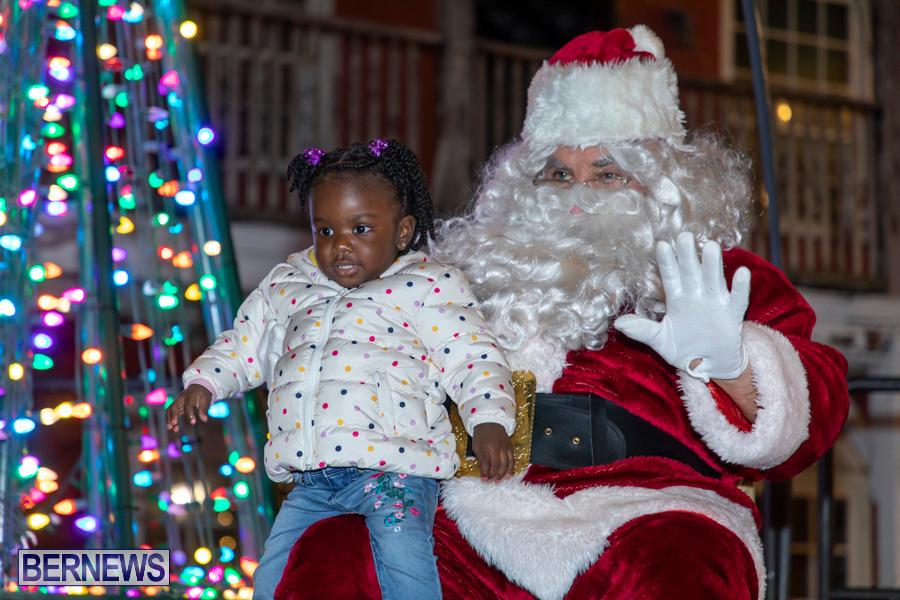 Santa-is-Coming-to-Town-St-Georges-Bermuda-December-14-2019-4170