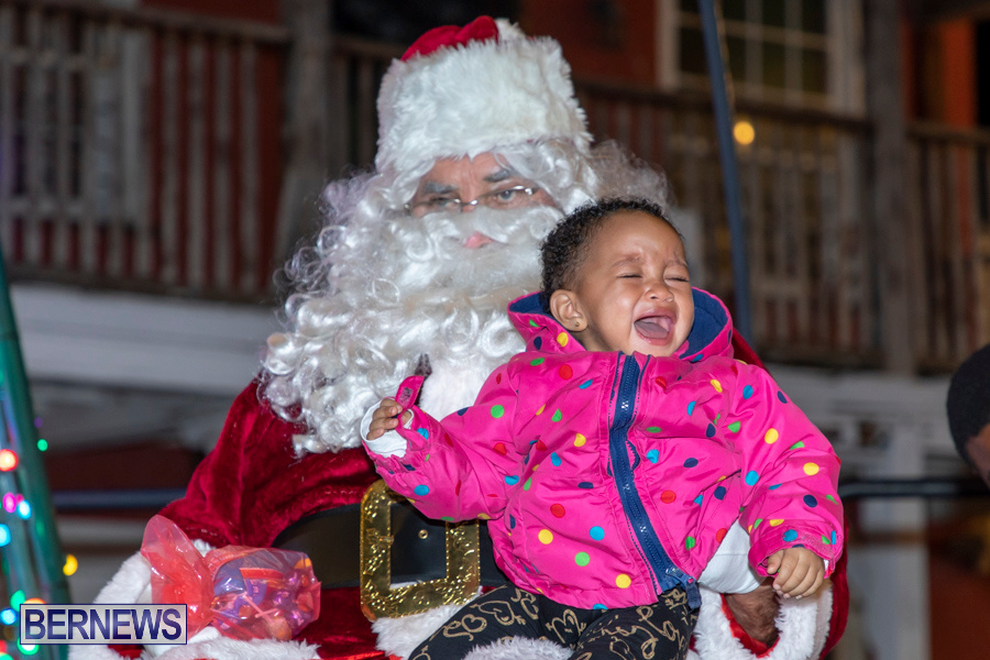 Santa-is-Coming-to-Town-St-Georges-Bermuda-December-14-2019-4188