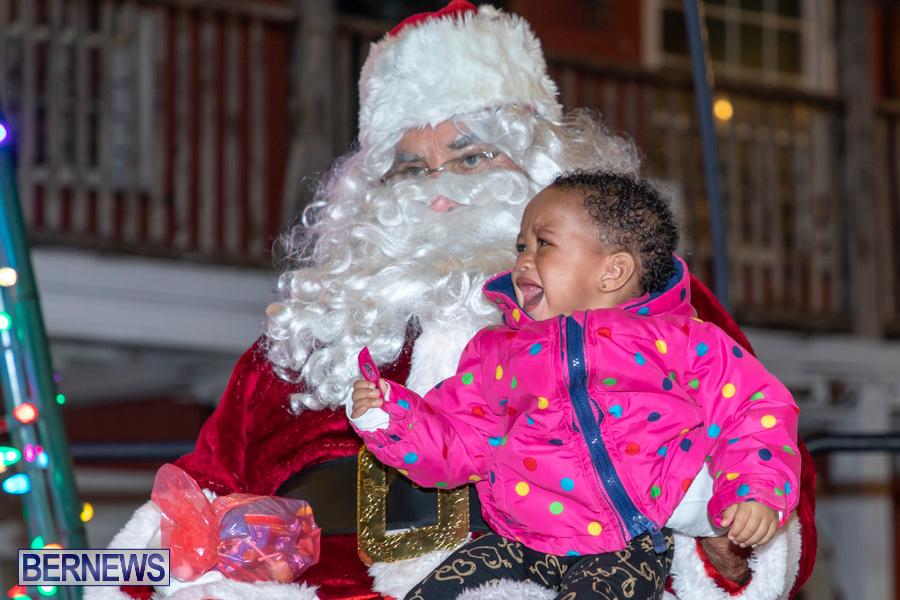 Santa-is-Coming-to-Town-St-Georges-Bermuda-December-14-2019-4189