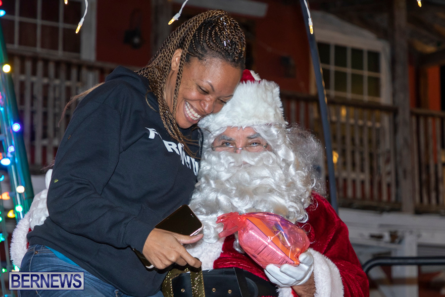Santa-is-Coming-to-Town-St-Georges-Bermuda-December-14-2019-4201