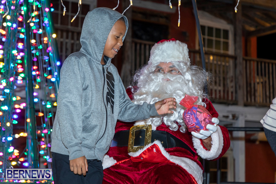 Santa-is-Coming-to-Town-St-Georges-Bermuda-December-14-2019-4205