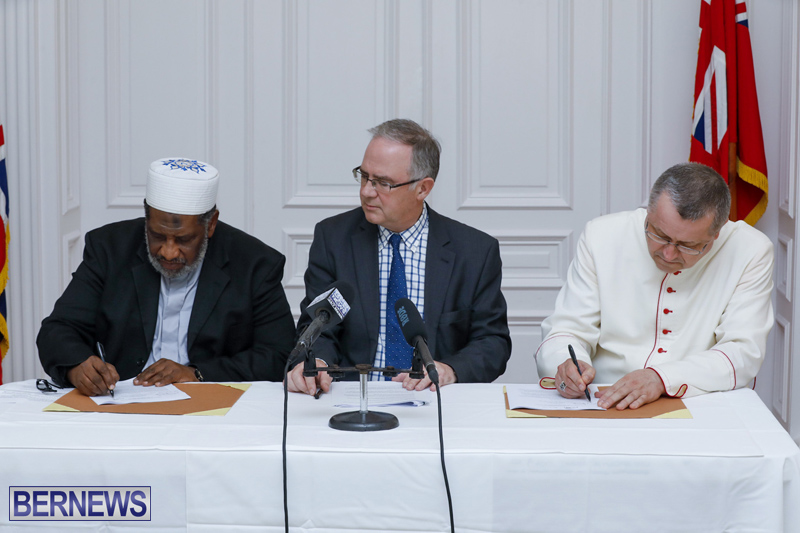 Signing of Document on Human Fraternity Bermuda Dec 17 2019 (1)