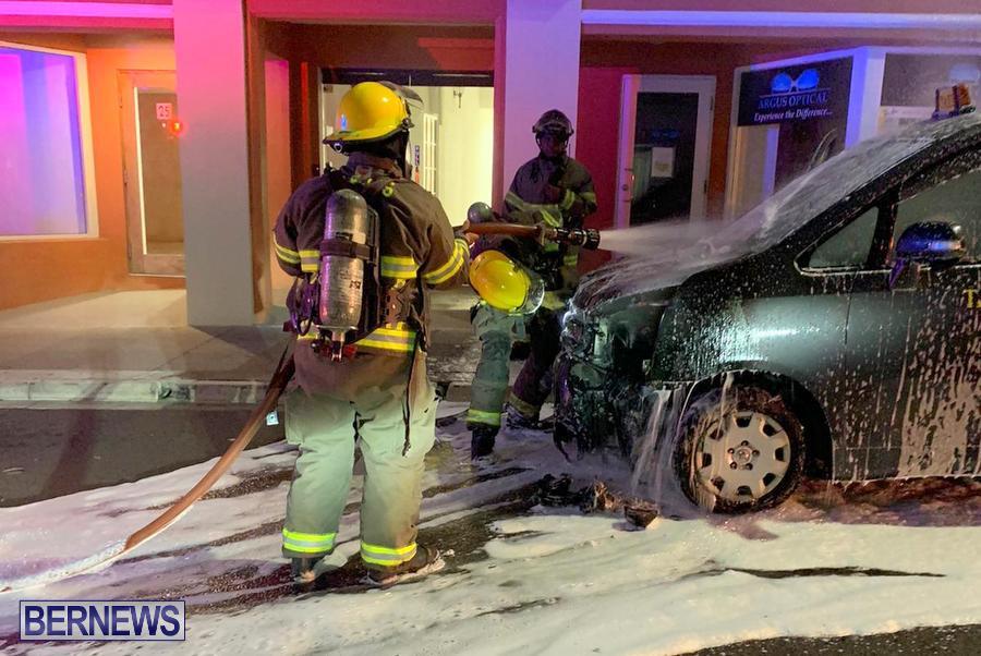 Taxi Vehicle Car Fire Bermuda, December 7 2019 (1)