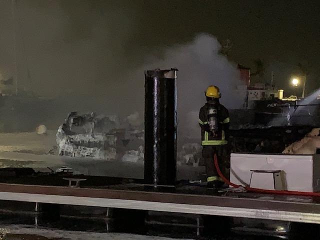 Boat Fire In Dockyard Bermuda Jan 2020 (3)