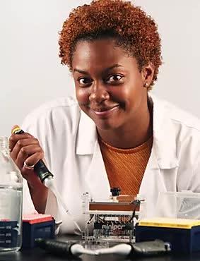 Dr-Carika-Weldon-bermuda_2020.jpg