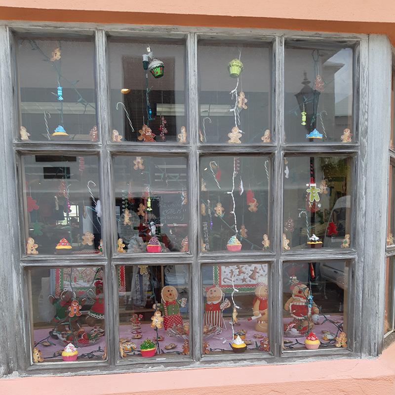Award Winning 2020 Christmas Window Displays St. George's Christmas Window Display Winners   Bernews