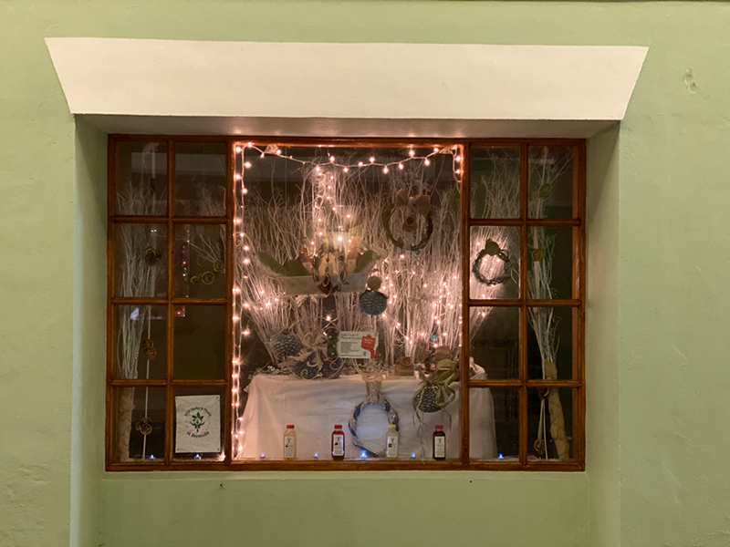 St George's Christmas Window Display Bermuda Jan 2020 (2)