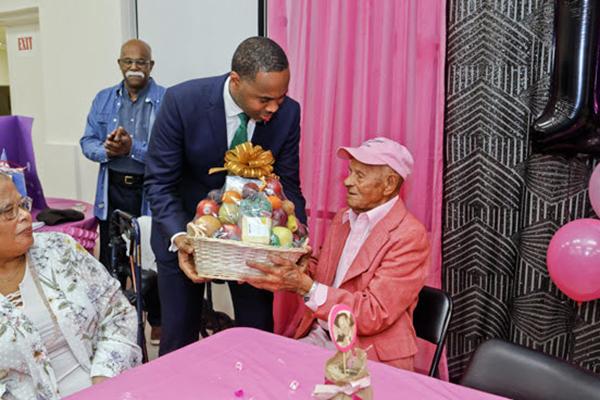 100th Birthday Of  Harold Smith Bermuda Feb 2020 (5)
