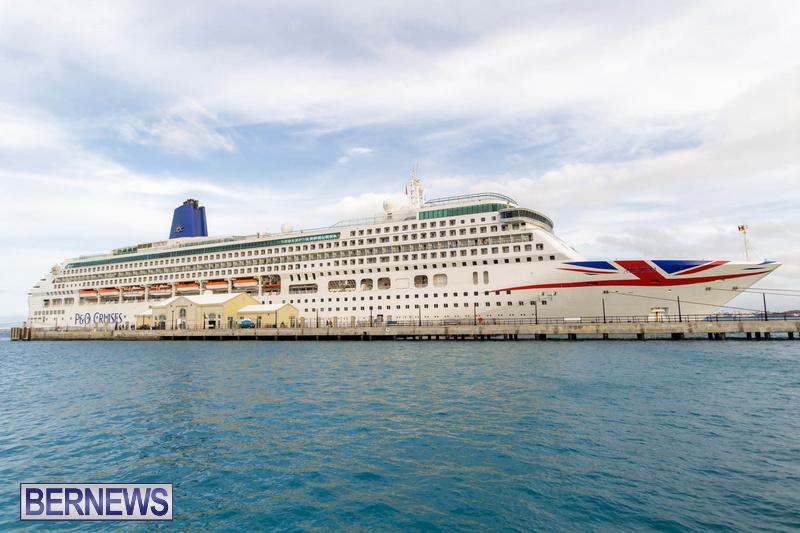 Aurora cruise ship in Bermuda Feb 2020 Dockyard (1)