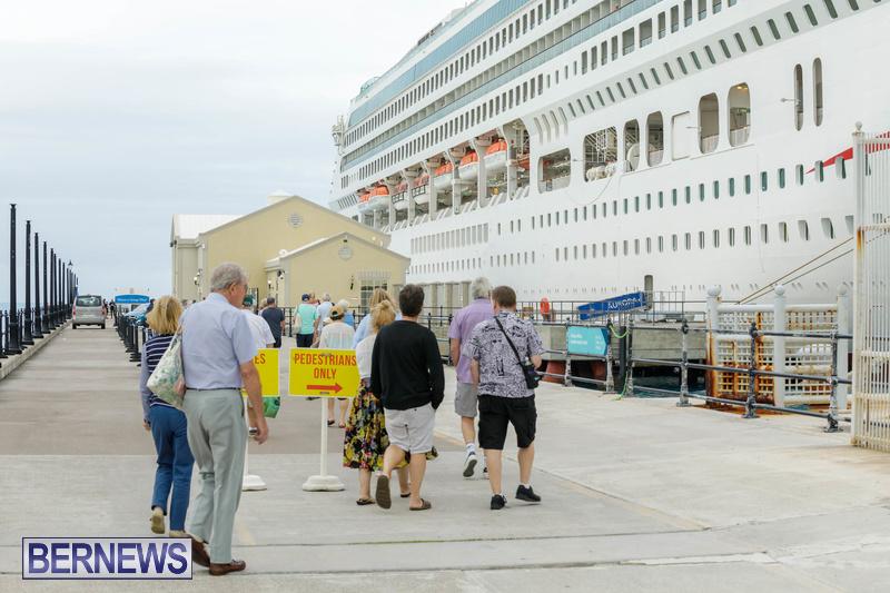 Aurora cruise ship in Bermuda Feb 2020 Dockyard (5)