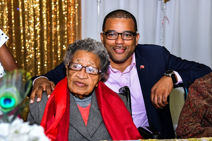 Virginia DeGraff Celebrates 100th Birthday Bermuda March 2020 (2)