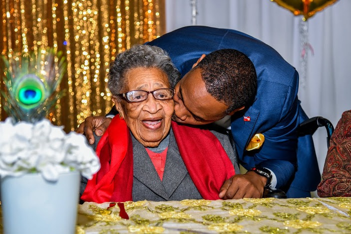 Virginia DeGraff Celebrates 100th Birthday Bermuda March 2020 (3)